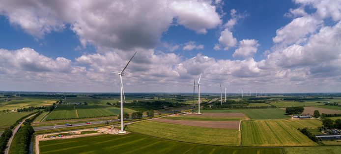 Alle elf windmolens van windpark Deil