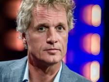 Tom Egbers confronteert Jeroen Pauw in eigen talkshow: 'Ik blijf NPO trouw'