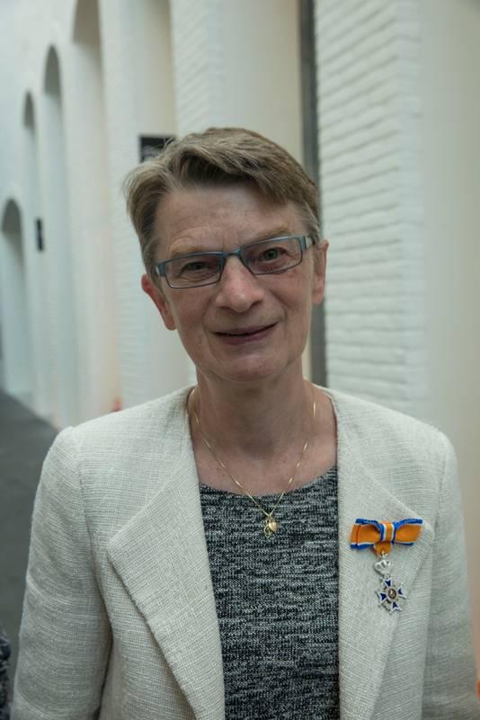 Jacqueline  Huisman-Claassens.