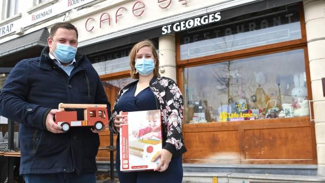 Originele switch in coronatijd: cafébaas St. Georges opent online speelgoedwinkel en gebruikt café als etalage