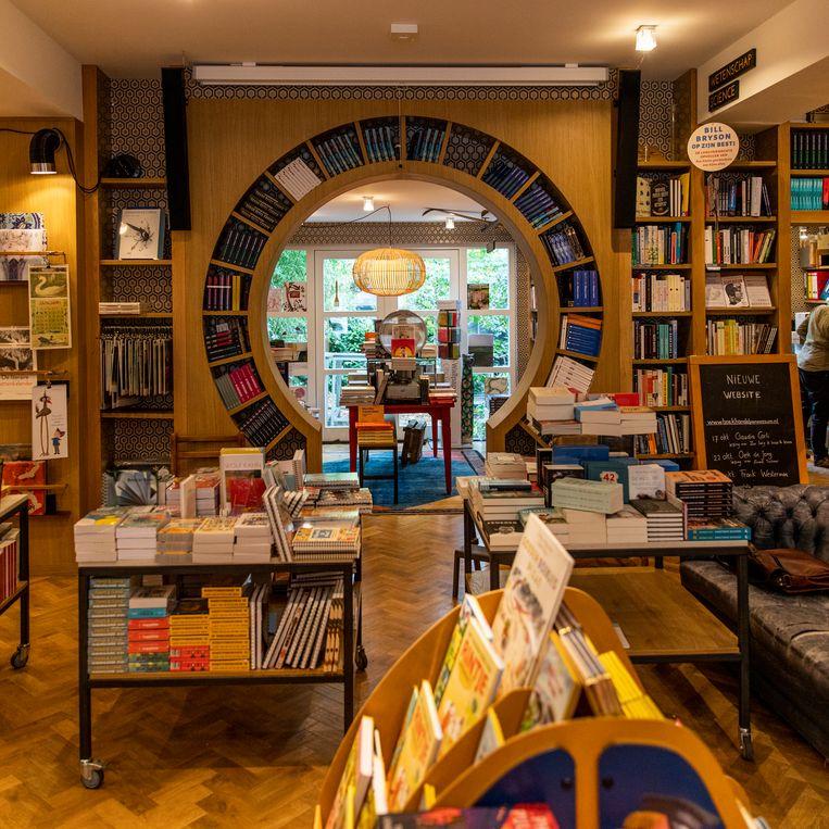 Boekhandel van Rossum. Beeld Lin Woldendorp