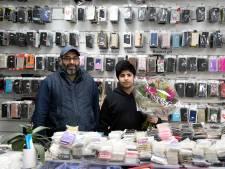 Overvaller telefoniewinkel Nieuwleusen zet pistool op hoofd 15-jarige zoon en hoort 3,5 jaar cel eisen