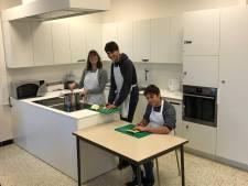 Diapal uit Jabbeke schenkt leskeuken cadeau aan school Ravelijn