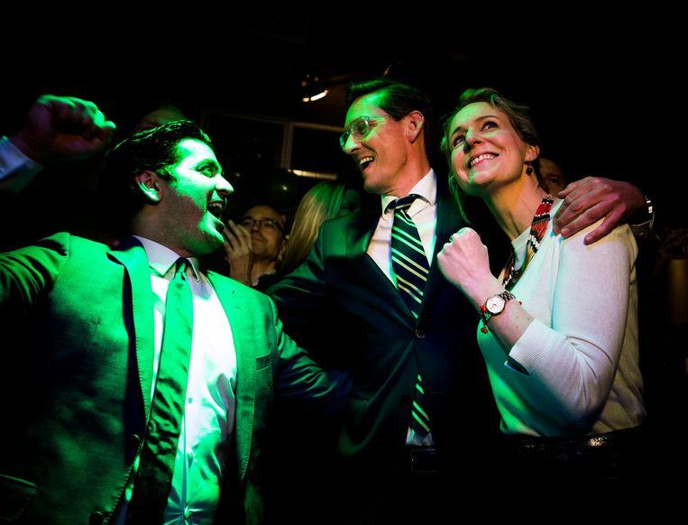 Joost Eerdmans (Leefbaar Rotterdam) en Ehsan Jami tijdens de uitslagenavond van de gemeenteraadsverkiezingen. Beeld Freek van den Bergh