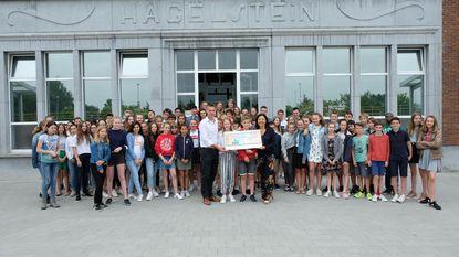 College Hagelstein schenkt 10.000 euro aan Artsen Zonder Vakantie