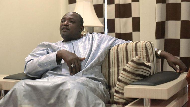 Adama Barrow zou vandaag de macht overnemen in Gambia. Beeld null