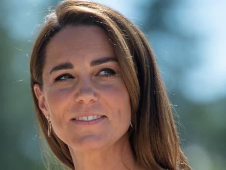 """Kate Middleton """"dévastée"""" par les détails contenus dans un livre sur Meghan et Harry"""