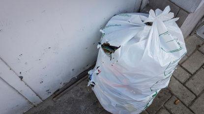 Hittealarm: spaar de vuilnisman, maak zakken  niet te zwaar