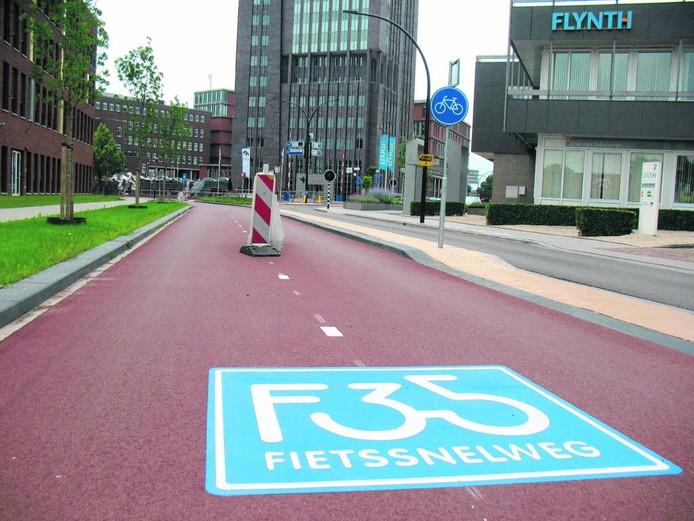 Hellendoorn staat op zich positief tegenover een eventuele doortrekking van de F35 richting Zwolle.