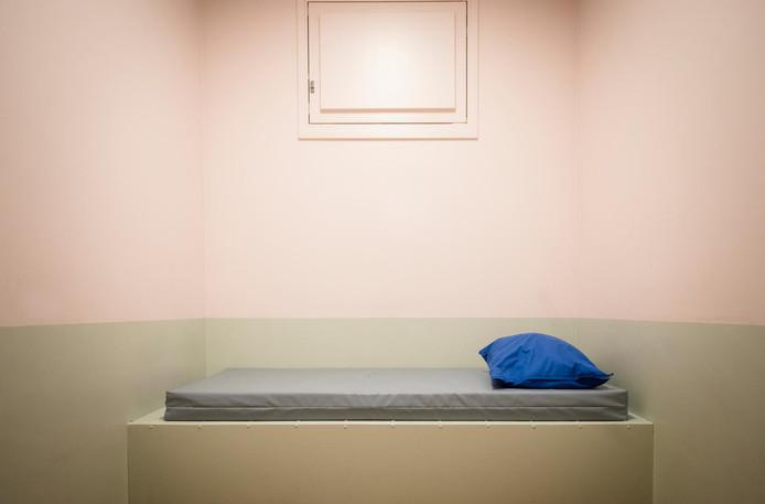 Een opvangkamer voor verwarde personen.