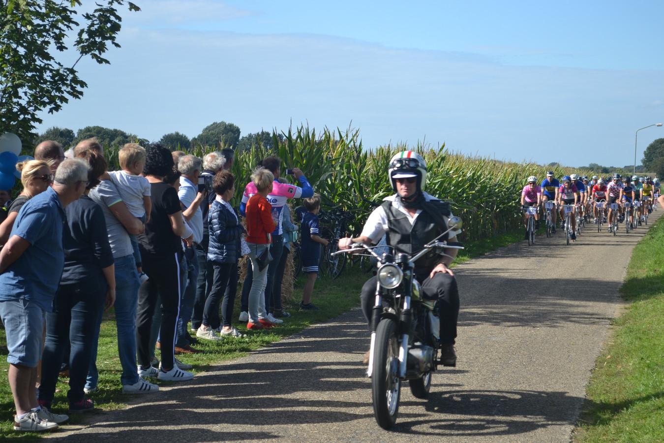 Het parcours in Keent ging door maisvelden en natuurgebied van Brabants Landschap.