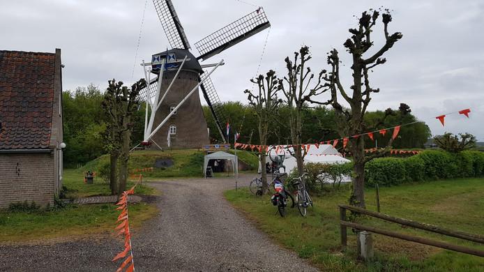 Vlierdense molen is 175 jaar.