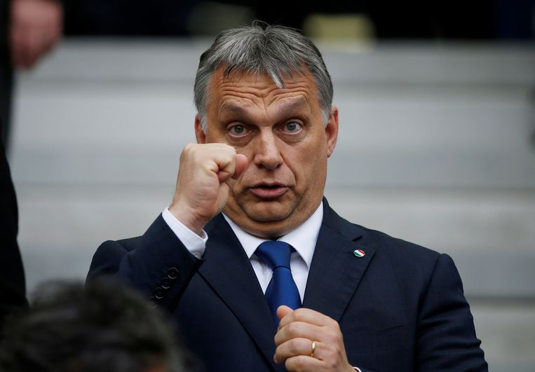 Behalve voetbalgek is Viktor Orbán premier van Hongarije Beeld REUTERS