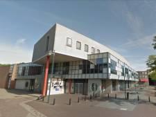 Pand oude Rabobank in Oud-Beijerland verdwijnt snel uit straatbeeld