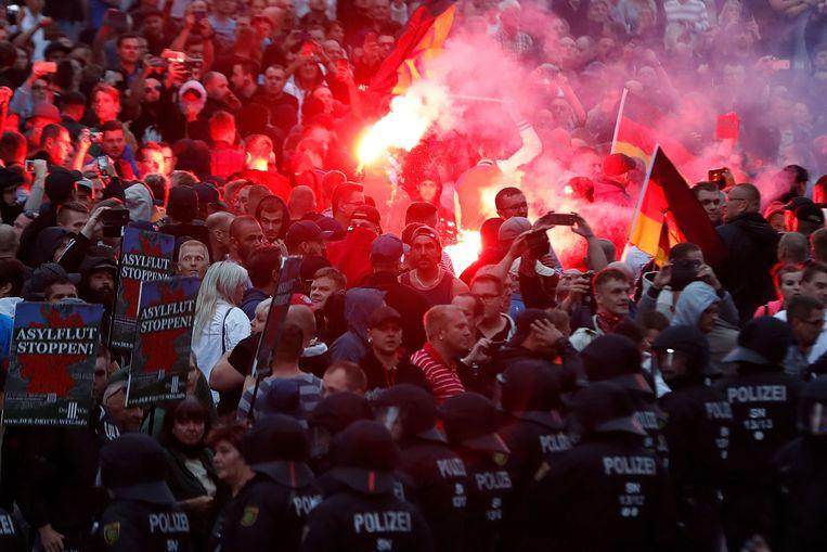 Beeld van het extreemrechtse protest op 27 augustus in Chemnitz.
