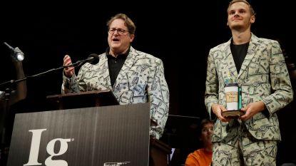 Nederlander wint alternatieve Nobelprijs voor onderzoek naar 'vies geld'