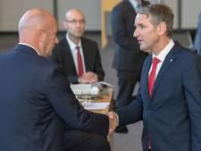 Pas verkozen Duitse deelstaat-premier geeft op na politieke storm over deal met 'fascisten'<br>