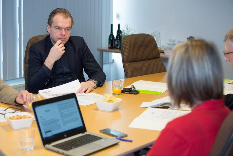 Mark Vos, burgemeester van Riemst, stelt het budget van 2019 voor.