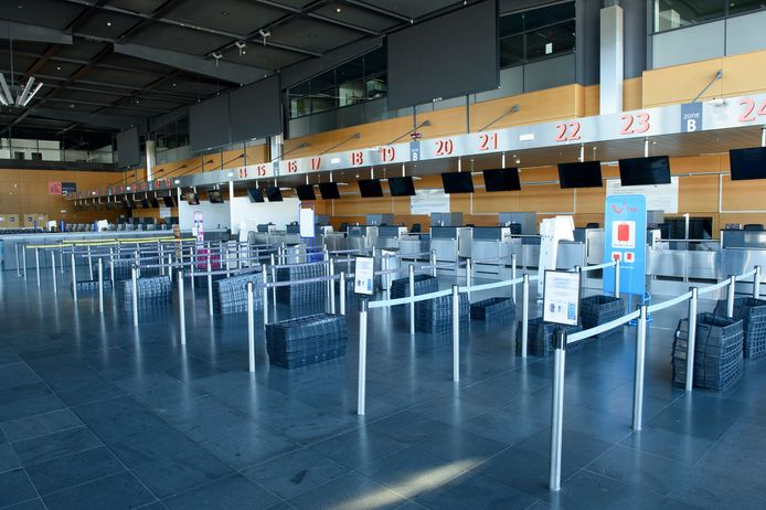 L'aéroport de Charleroi, désert pendant le confinement, en avril