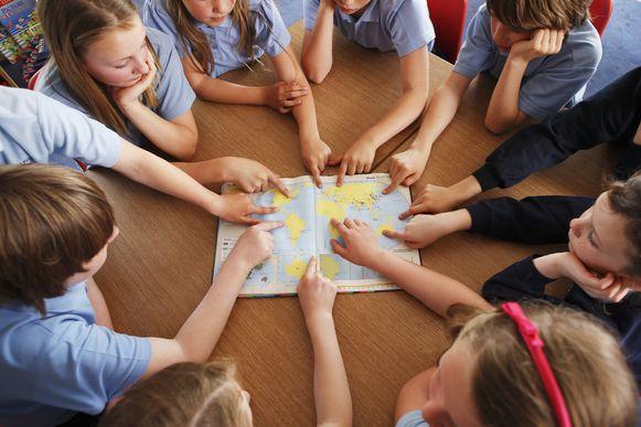 """""""Het is geen quizvak waar je de hoofdsteden uit het hoofd leert"""", klagen de leerkrachten aan."""