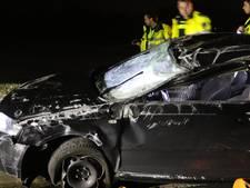 Auto belandt op de kop na ongeval in Wierden