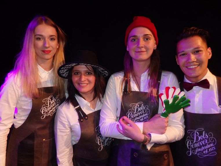 Alicja Baczyk (Polen), Claudia Cabrera (Mexico), Daria Bezhina (Rusland), Marco Utomo (Malta): 'I made a contemporary twist on the kopstootje.' Het mocht niet baten. Beeld Hans van der Beek