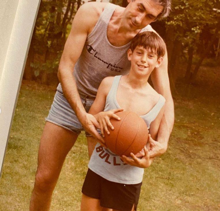 Pieter Loridon als jonge knaap met zijn vader John.