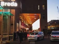Man met mes bedreigt reiziger op station Breda en verzet zich bij aanhouding