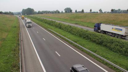 Boete en rijverbod voor ex-café-uitbater na crash op A19 met 3 promille