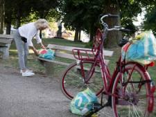 Gennepse Herma (60) helpt Nijmeegse daklozen met spaargeld en ingezamelde kleding