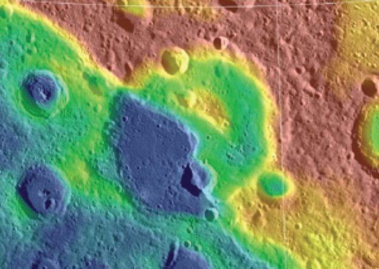 Ribbel op Mercurius. Beeld NASA