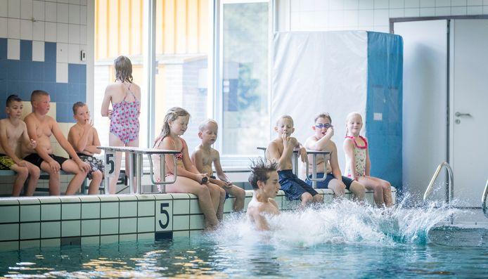 Een instructiebad voor alle zwemlessen, trainingen en recreatieve activiteiten: dat is wat nu dreigt te gebeuren.