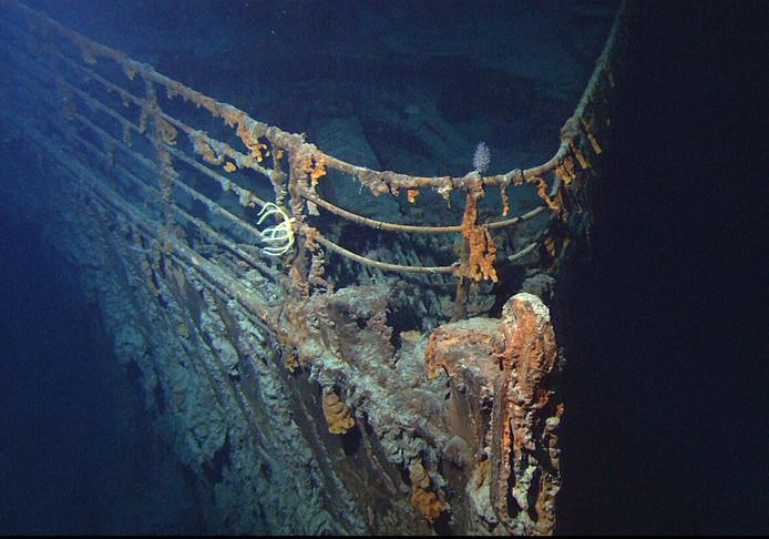 De boeg van de Titanic. De plek in de film waar Leonardo DiCaprio zich 'king of the world' waande.