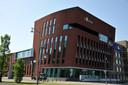 Het politiebureau aan de Overkampweg in Dordrecht.