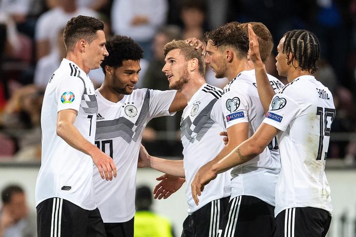 Duitsland wint in Mainz met 8-0 van Estland.