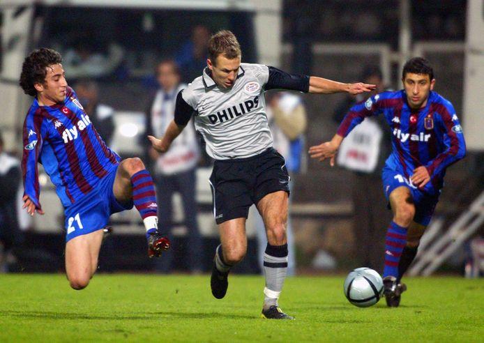 2004: Arjen Robben namens PSV in actie tijdens de Efes Pilsen Cup in Antalya.