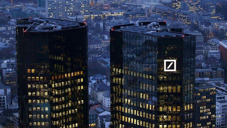 Het hoofdkwartier van Deutsche Bank in Frankfurt Beeld reuters