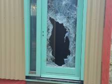 Jongeren plegen vernielingen aan Skaeve Huses op Croy in Eindhoven