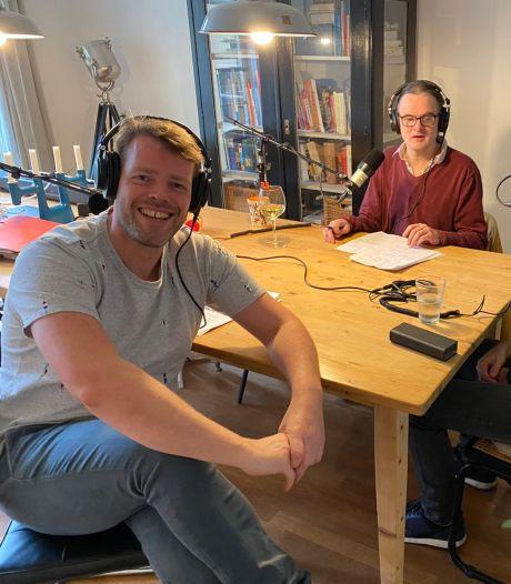 Martijn Koning scoort met Knorrepodcast: 'Een speeltuin waarin alles kan'
