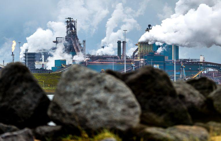 Tata Steel in IJmuiden. Het staalconcern voert zijn reorganisatieplannen in Europa op en verwacht dat dat zal leiden tot banenverlies. Beeld ANP