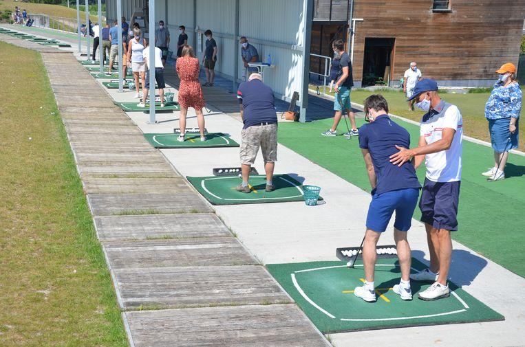 WaseGolf ontving zaterdag 45 nieuwe leden die tijdens 'Golfkriebels' kennismaakten met de golfsport.