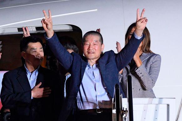 Kim Dong Chul (midden) werd in 2015 opgepakt in Noord-Korea. In mei 2018 werd hij vrijgelaten en keerde hij terug naar de VS.