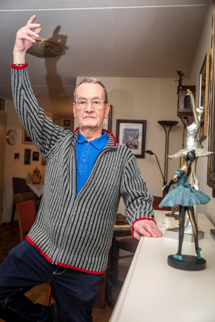 Jan Smits (79) uit Helmond wilde als kind al dolgraag op ballet. Hij speelde mee in de grote musicals in binnen- en buitenland.