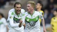 Scorende De Bruyne stuwt flitsend Wolfsburg naar bekerwinst: 1-3