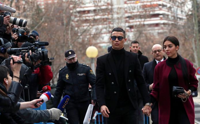 Cristiano Ronaldo komt aan bij de rechtbank