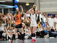 Korfballers De Meeuwen houden vast aan trainers Willemsen en Rietel