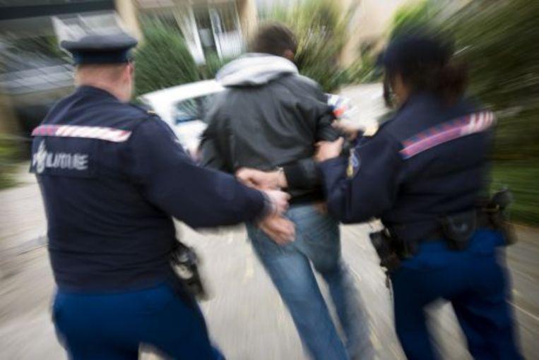 AMSTERDAM (ANP) - Ruim de helft van de Marokkaanse jongens heeft op zijn 22ste minstens één misdrijf gepleegd. Dat blijkt uit onderzoek dat vrijdag is gepubliceerd in het Tijdschrift voor Criminologie. Beeld