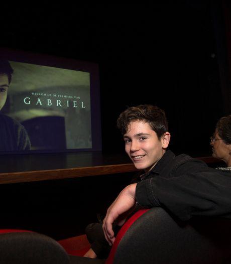 Bob (14) geniet van zijn eerste rol in herdenkingsfilm Gabriël: 'Een geweldige ervaring'
