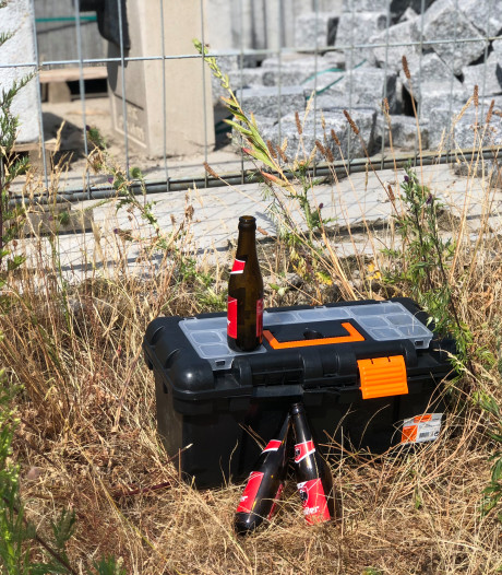 Gereedschapskist dicht, biertje open: bouwvak barst los