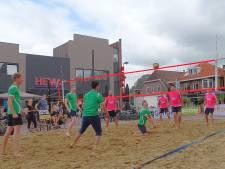 Beachvolleybal Haaksbergen: 'Je moet er als de kippen bij zijn'
